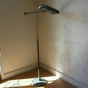 Eileen Gray Lampe : lampadaire jumo mod le compta lampodrome ~ Markanthonyermac.com Haus und Dekorationen