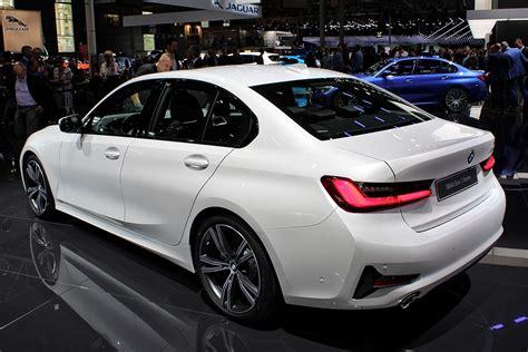 Explore the 330i and 330i xdrive sedans. BMW 3 Series (G20) - Wikipedia