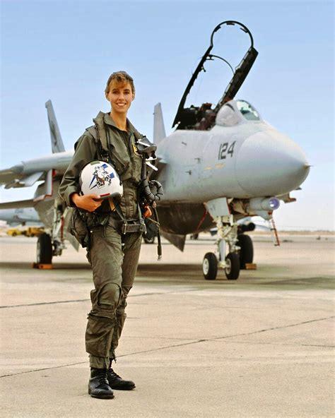 Us Navy's First Female F-14 Tomcat Pilot, Lt. Carey