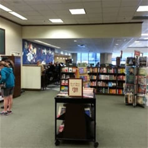 barnes and noble erie pa barnes noble booksellers bookstores yelp