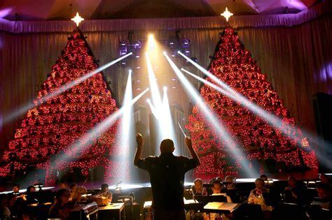 broadway church singing christmas tree christmas lights