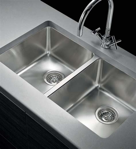 how to install an undermount kitchen sink kitchen sinks undermount sinks drop in or inset sinks 9425