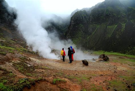 Hiking Package 4 Day Discount Package In Iceland