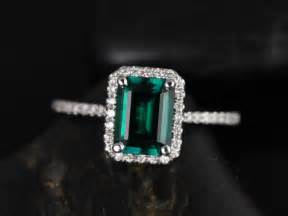 emerald and engagement rings rosados box esmeralda 8x6mm white gold rectangle emerald and halo engagement ring
