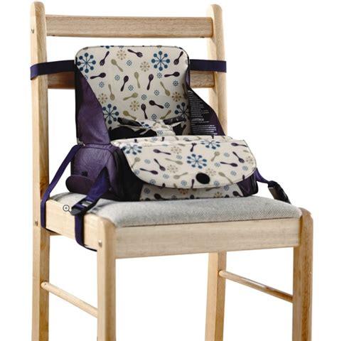 rehausseur de chaise de voyage siège rehausseur de voyage munchkin tests des parents