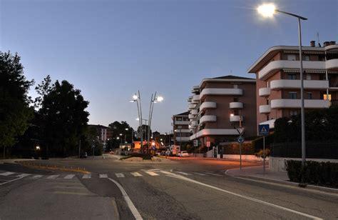 Negozio Ladari by Lade Per Pubblica Illuminazione Armature Stradali Pali