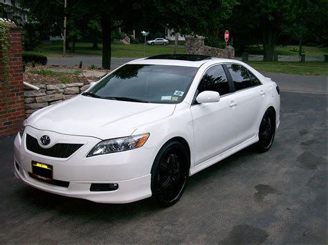 Toyota Camry Rims by White Toyota Camry With Black Rims