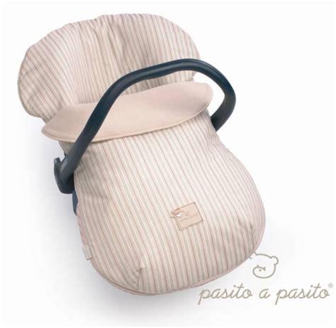 housse siege auto bebe universelle pasito a pasito ensemble housse et couvre bébé é pour siège auto groupe 0