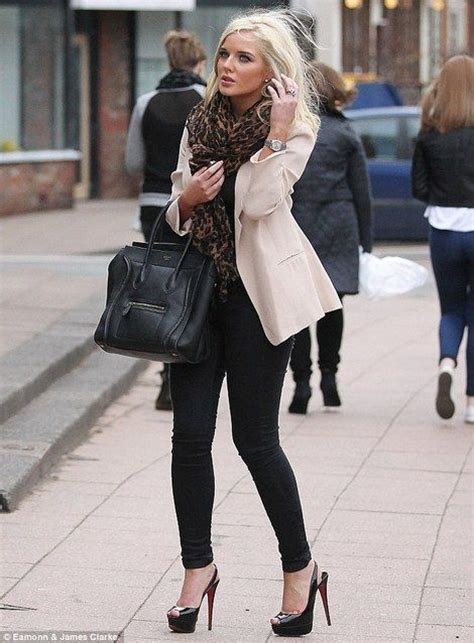 High heels walking and leggings outfit | leggings latex and heels | Pinterest | Walking Outfit ...