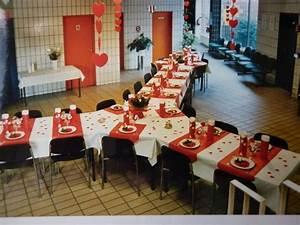 idee deco de table pour anniversaire 50 ans a voir With lovely exemple plan de maison 3 decoration ceremonie mariage
