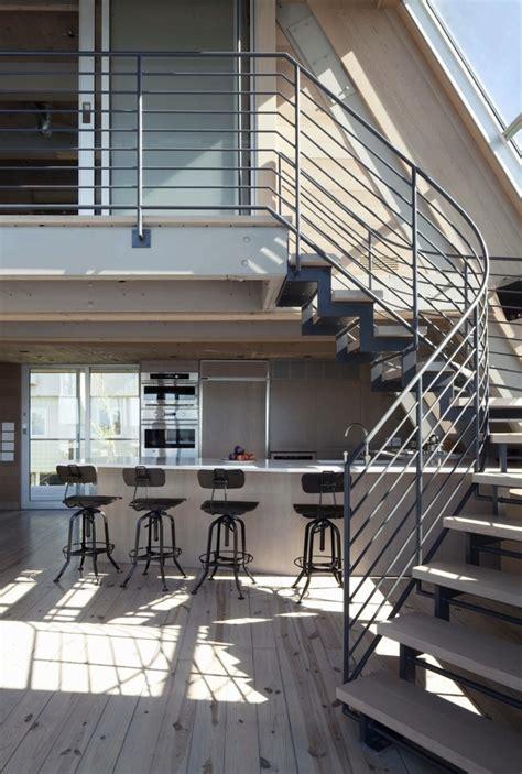 beachfront  frame house  wide open interior modern house designs