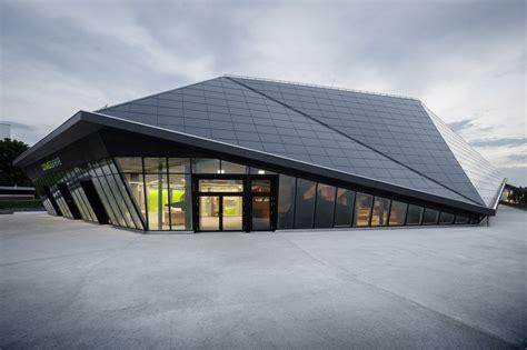 Umweltarena In Spreitenbach by Ren 233 Schmid Architekten Kompetenzzentrum F 252 R