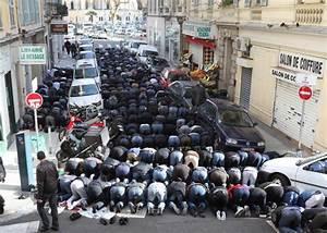 Fleur D Islam Horaire Priere : occupation musulmane ou pri re de rue la france veut poursuivre le pen ~ Medecine-chirurgie-esthetiques.com Avis de Voitures