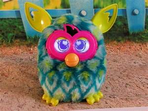Furby Boom Peacock Can Connect Sing With Other Furbys F137 ...