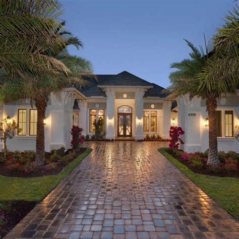 #housesandmore dream home anyone? • #mansion #luxury #
