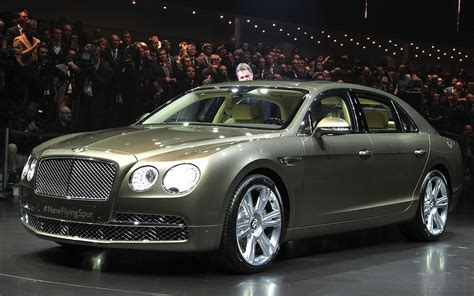 bentley geneva bentley flying spur debuts at geneva is most powerful