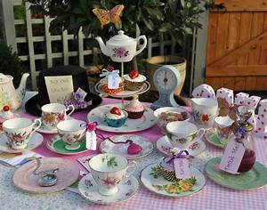 cake stand heaven: A Mad Tea Party