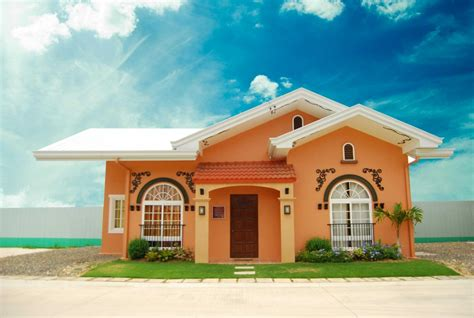 3bedrooms bungalow house for sale aleagria palms dos cordova cebu