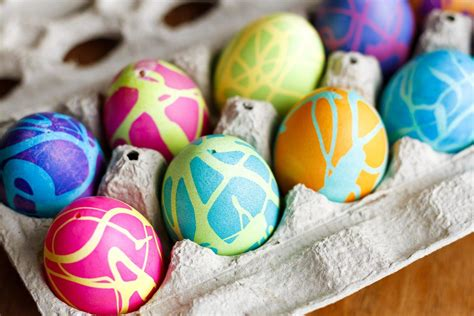 color easter eggs easter egg dyeing chart shows every color simplemost