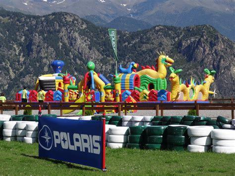 File:Naturlandia (Andorra) 02 Inflables.JPG - Wikimedia ...