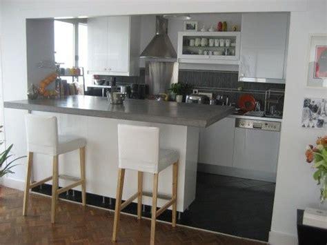 cuisine ouverte grise cuisine ouverte grise et blanche cuisine