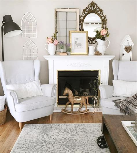 Home office decor has gained a lot of momentum nowadays so why not make the best of it with these farmhouse home office decor ideas. 12 Essential Farmhouse Wall Decor Ideas