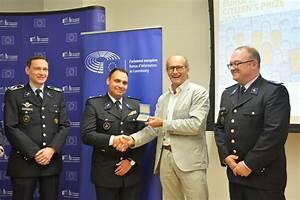 Prix Du Gasoil Luxembourg : la police luxembourgeoise l honneur lors de la remise du prix du citoyen europ en 2017 ~ Medecine-chirurgie-esthetiques.com Avis de Voitures