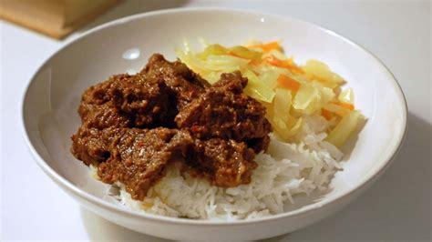 Selain keindahan alamnya indonesia juga terkenal akan makanannya. 13 Makanan Khas Daerah di Indonesia yang Lezat dan Enak