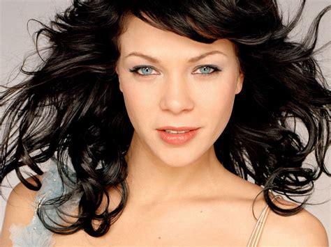 Es ist momentan einfach zu gefährlich, gäste aus ganz portugal zu. HD LIVE 3D WALLPAPER: Garmany Actress Jessica Schwarz Hot ...