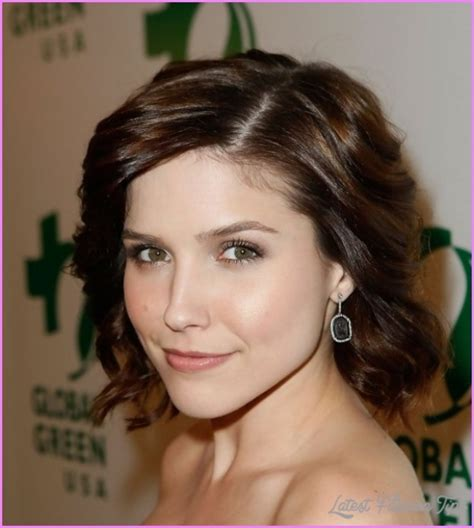 haircuts for with thick wavy hair haircuts thick curly hair latestfashiontips