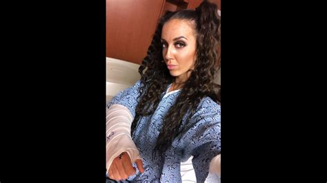 Cagematch » wrestlers database » chelsea green. Chelsea Green Suffers Broken Wrist at NXT Show - TPWW