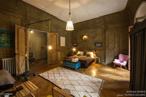 chambre d hote dans un chateau une nuit au château chambres d 39 hôtes à lyon myriam dorne