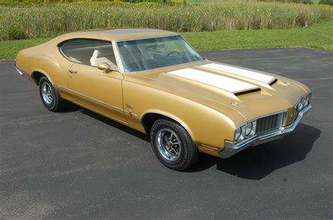Oldsmobile : Weird Options Set This 1970 Oldsmobile Cutlass S Apart