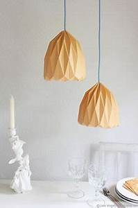 Origami Lampe Anleitung : trendige origami lampe zum selber machen basteln origami origami lampe und origami lampenschirm ~ Watch28wear.com Haus und Dekorationen