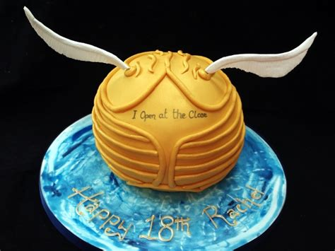 harry potter cakes  cupcakes snitch book wand scarf