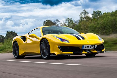488 Pista Backgrounds by New 488 Pista 2019 Review Auto Express