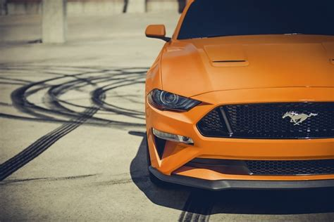 ford mustang sports car   colors