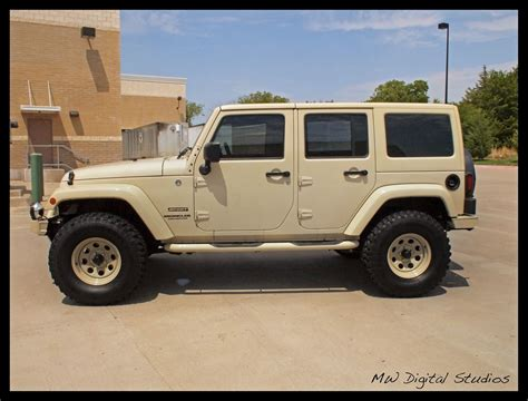 Jeep Nato Sand Color, With Wheels In Sand Too