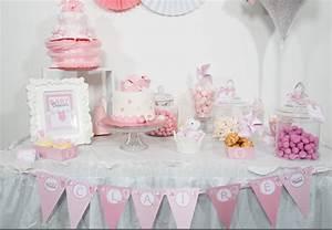 deco baby shower fille With chambre bébé design avec centre de table fleurs pour anniversaire