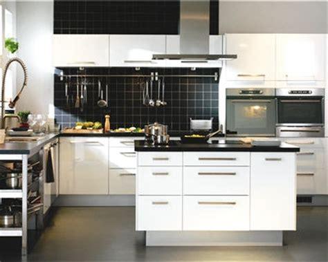 cuisine journaldesfemmes 10 modèles déco de cuisine en îlot quot faktum abstrakt quot d 39 ikea