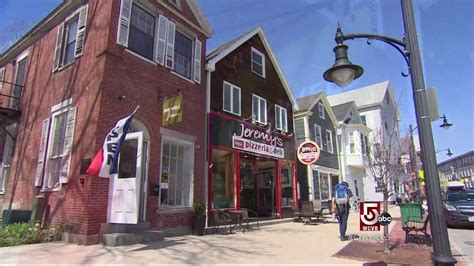 It's the who, what, where and when of national city. Newmarket, NH: Small Town Charm