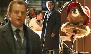 Hugh Bonneville films new Paddington Bear movie ...