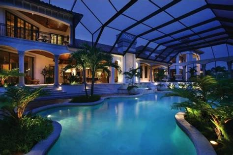 mansions  luxury homes     entertainers