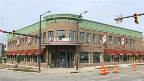 barnes and noble ohio state barnes noble opens ysu bookstore monday business