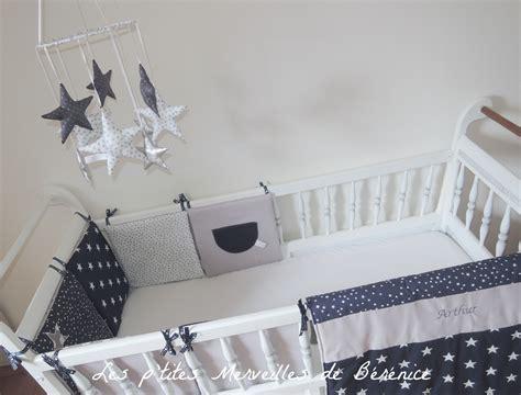 chambre de bébé gris et blanc chambre turquoise et blanc