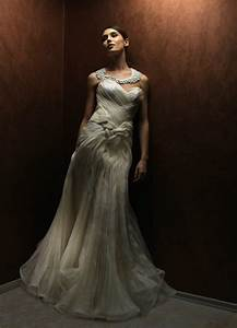 dramatic wedding dress with sweetheart neckline onewedcom With dramatic wedding dresses