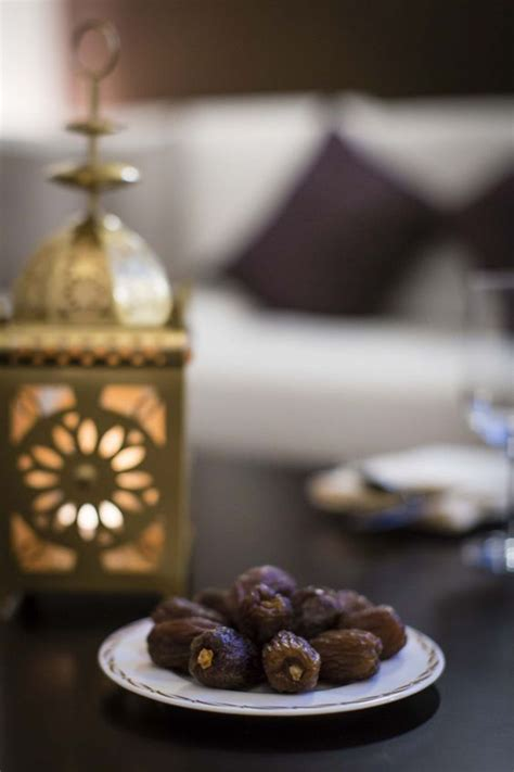 ramadan kareem  lights  food photography