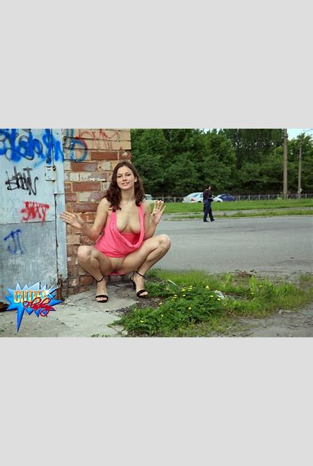 Public flashing - Young puss with great rack tries public flashing