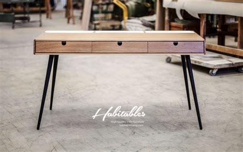 article bureau bureau en bois avec pieds acier