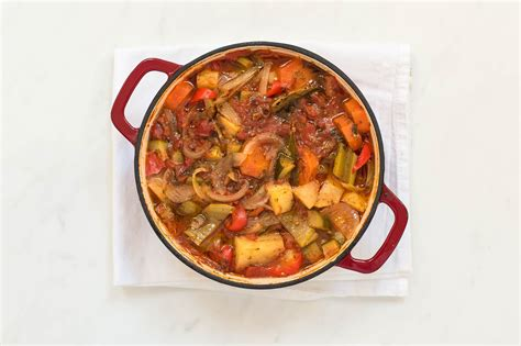 Cook the stew in the oven or cook it low and slow in a crockpot. Cook This Family-Pleasing Chicken Stew In The Oven Or Crock Pot / Cook This Family Pleasing ...